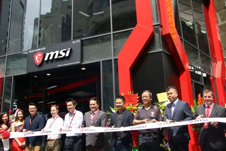 MSI-GAMING-Flagship-Store-KL-004